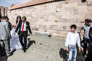 Gandzasar,-Nagorno-Karabakh,-Wedding