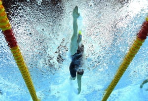 Australia's Cate Campbell on her way to the gold medal in the women's 50m freestyle.