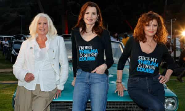 Screenwriter Callie Khouri with Davis and Sarandon at a 30th anniversary charity screening of the film.