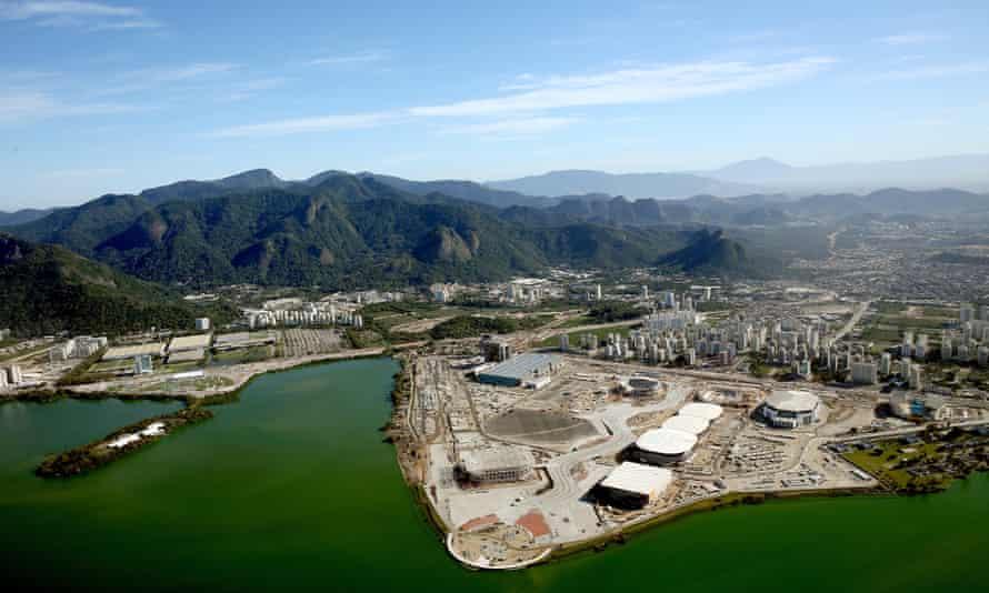 Construction of Olympic venues in Barra da Tijuca.
