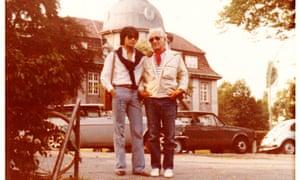 Kunihiko Hashimoto and Leonard Bernstein in 1979 in Hamburg.