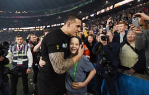 All Blacks player Sonny Bill Williams gave his Rugby World Cup gold medal to New Zealand fan Charlie Line.