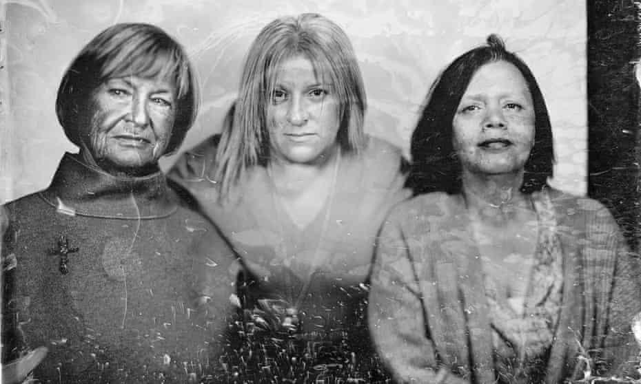 Colette Barbé, Brigitte Jajcaj and Cécile Pellegrini.