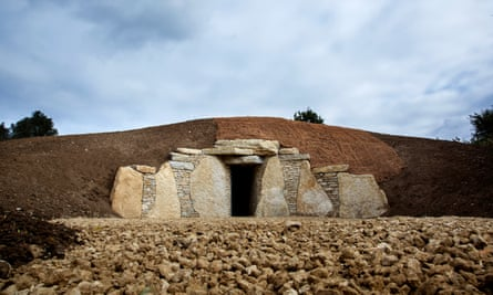 Sacred Stones burial mound in Cambridgeshire