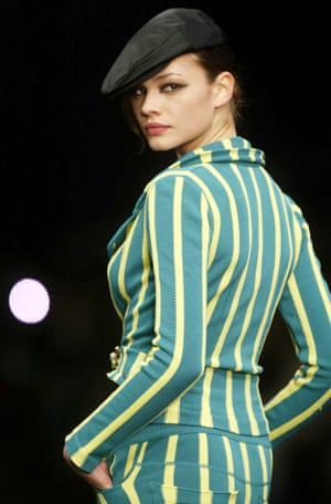 A model on the Sonia Rykiel catwalk in 2004.