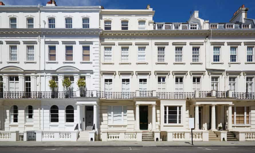 Luxury homes in London's wealthy Kensington district.