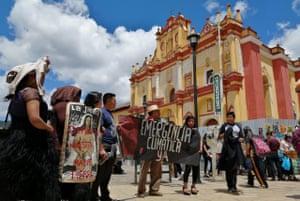 people protesting in san cristóbal de las casas during global climate strike