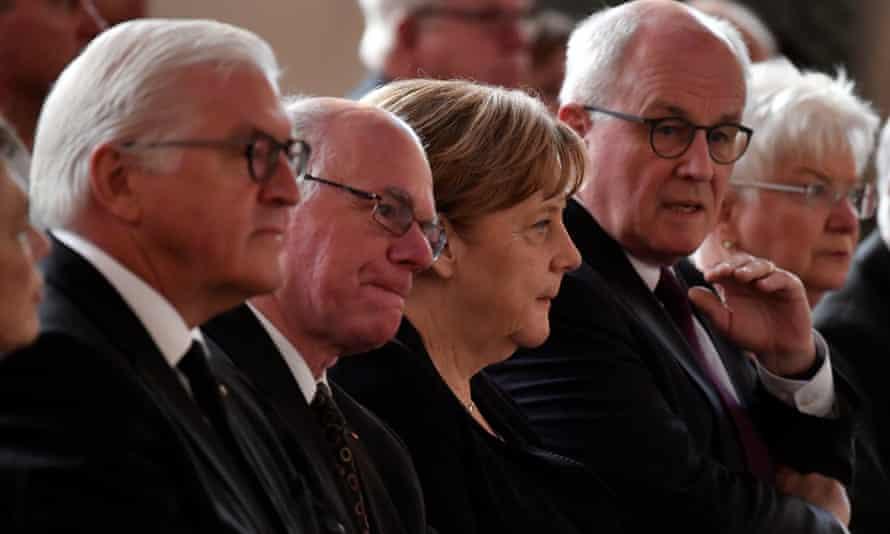 Steinmeier, Lammert, Merkel and Kauder at memorial service
