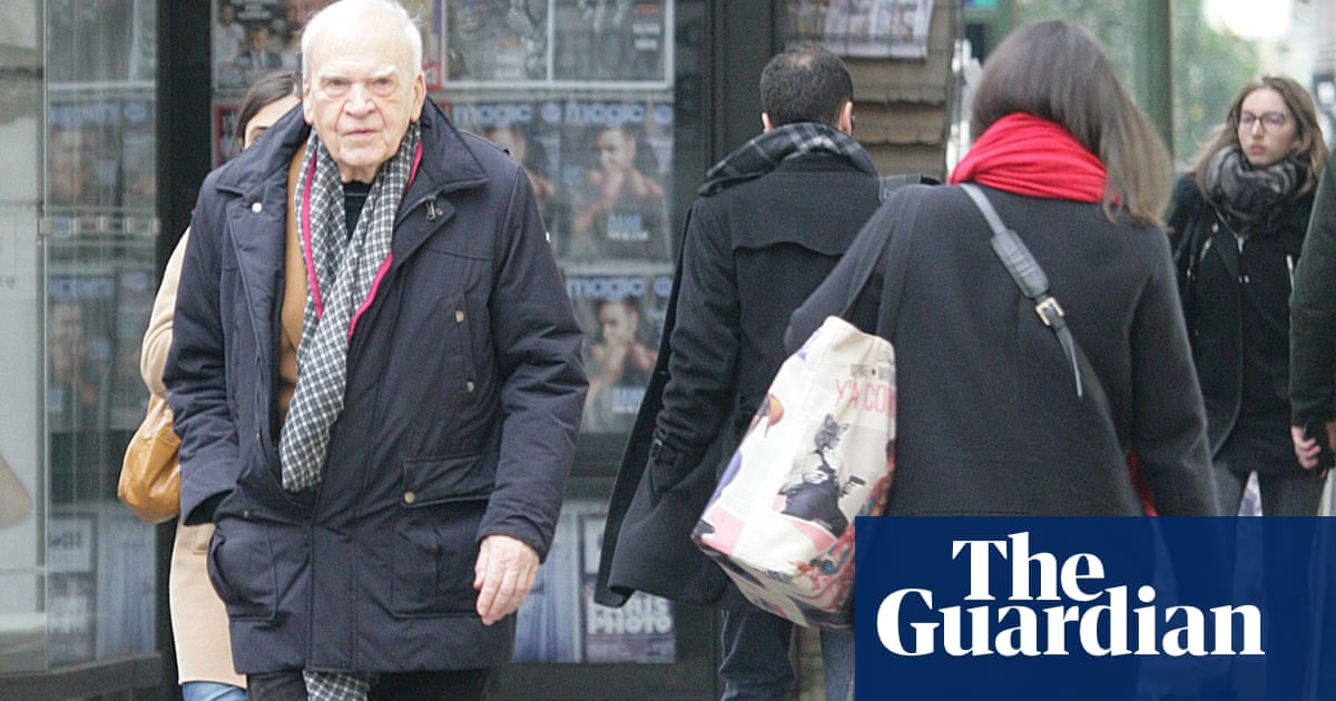 Milan Kundera's Czech citizenship restored after 40 years