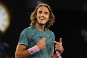 Tsitsipas beats Federer 6-7, 7-6, 7-5, 7-6.