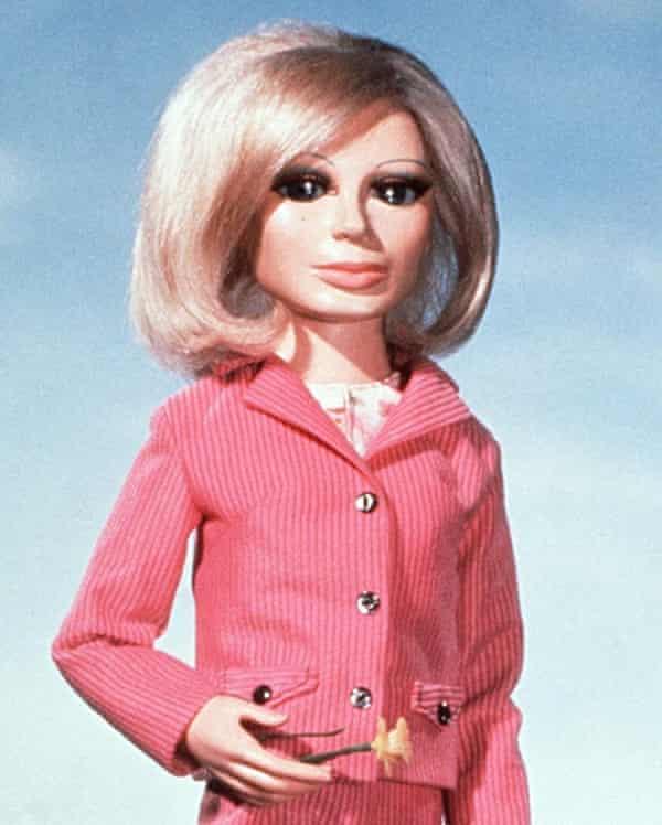 Lady Penelope Creighton-Ward in Thunderbirds.