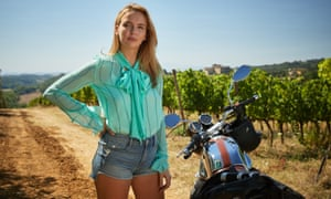 Villanelle wears denim shorts for her assignment in Tuscany