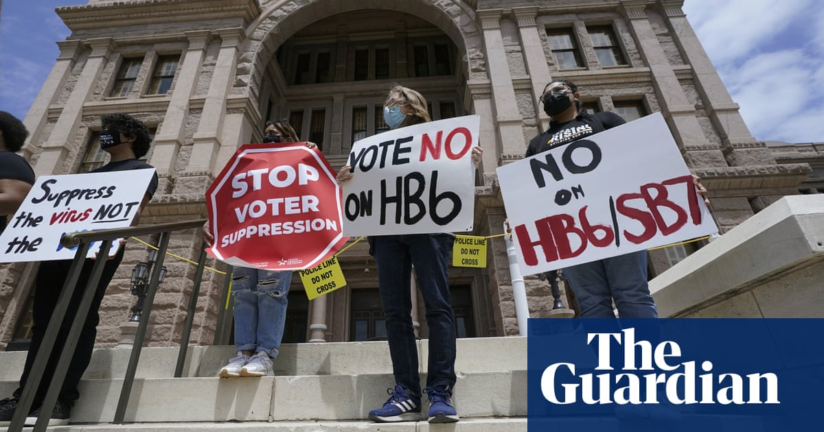 Texas lawmakers race against the clock to push through new voting restrictions - the guardian