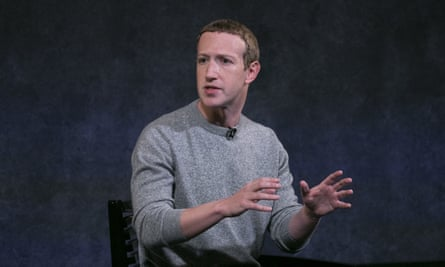 Mark Zuckerberg, the Facebook CEO, discusses the social media site's new news feature.