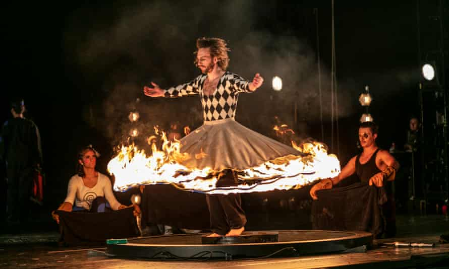 Malmö opera's world premiere staging of Glass's Circus days and nights