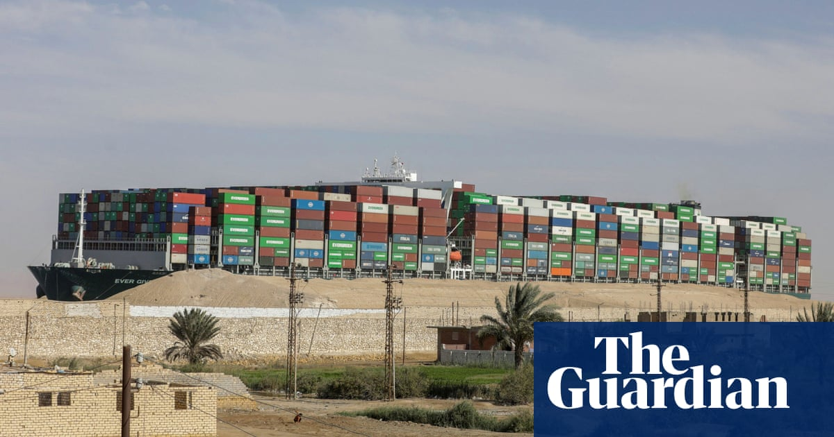 Suez canal blockage: last ships expected to pass through today