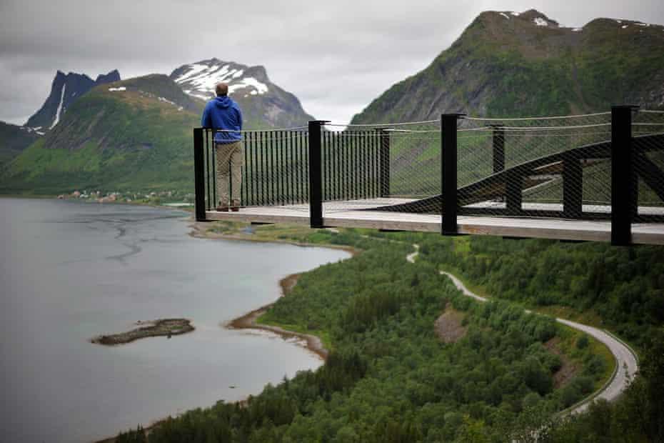 The walkway overlooking the fjord at Bergsfjorden, Senja, Norway