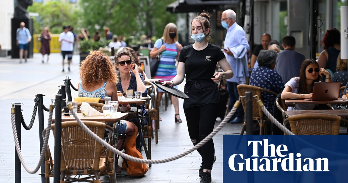 Heathrow and some hospitality in England to retain masks after 19 July