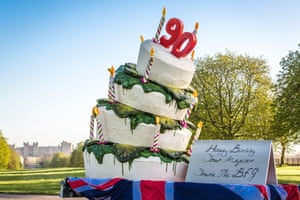The BFG serves up 90th birthday cake for the Queen at Windsor Castle