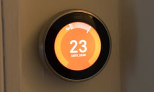 a smart home heating thermostat
