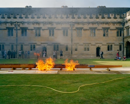 Oxford, 5pm. A ceremonial boat burning takes place in St John's College, Oxford, to celebrate their rowing victory in the annual University rowing competition, Summer Eights
