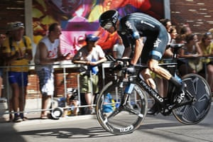 Chris Froome feels the strain during the first stage in Utrecht.