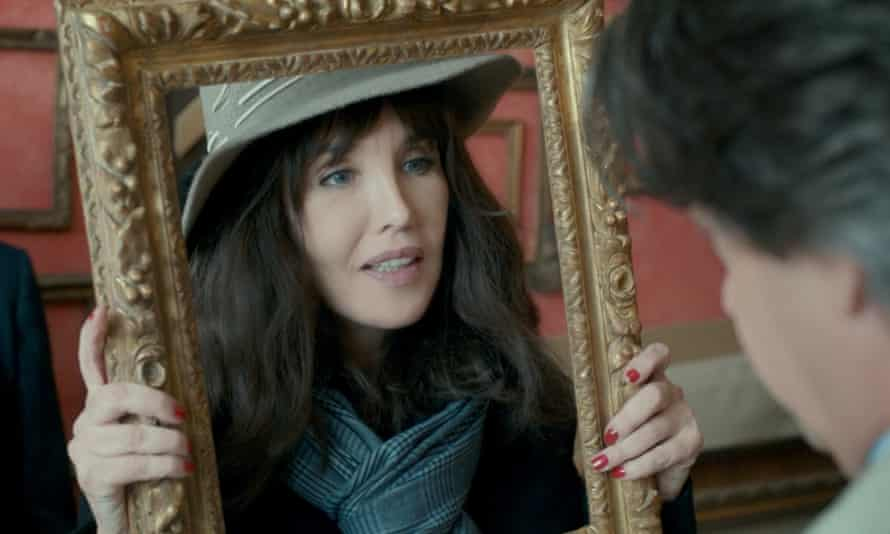 Isabelle Adjani shopping for picture frames with her agent, Mathias, in Call My Agent!