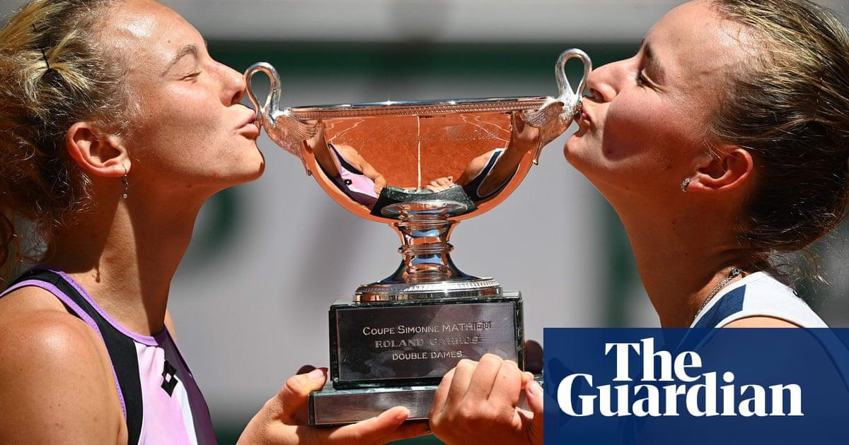 Barbora Krejcikova doubles up at French Open to make mark on history