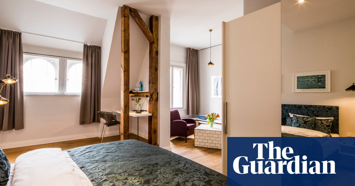 When is the best time to book a hotel room for a good deal? | Money | The Guardian