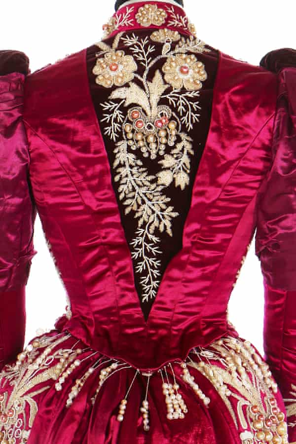 The satin and velvet dress that belonged to Ranavalona's aunt Ramisindrazana