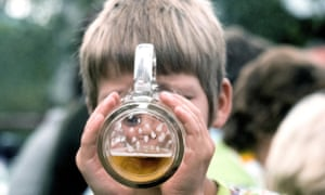 Children whose parents give them sips of alcohol 'more