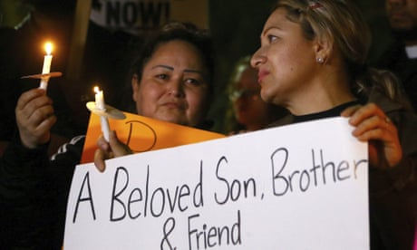 Arizona police officer killed 14-year-old boy as he ran away, video shows