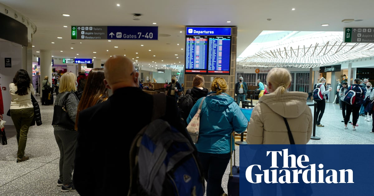 England's Covid travel 'red list' to be cut from 54 countries to seven