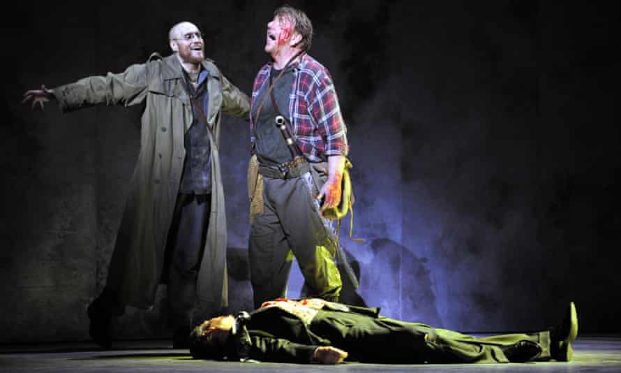 Burkhard Ulrich and Ben Heppner as Mime and Siegfried in Siegfried at the 2008 Aix-en-Provence festival