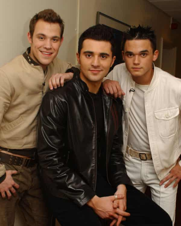 Young with Darius Danesh and Gareth Gates in 2001.