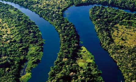'O rio Paraguai parece uma cobra, é cheio de curvas e reentrâncias; e eles querem instalar a hidrovia numa linha reta. Você faz ideia do impacto que isso teria?'