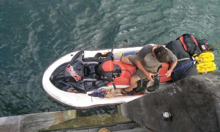 Man flees Australia on jetski
