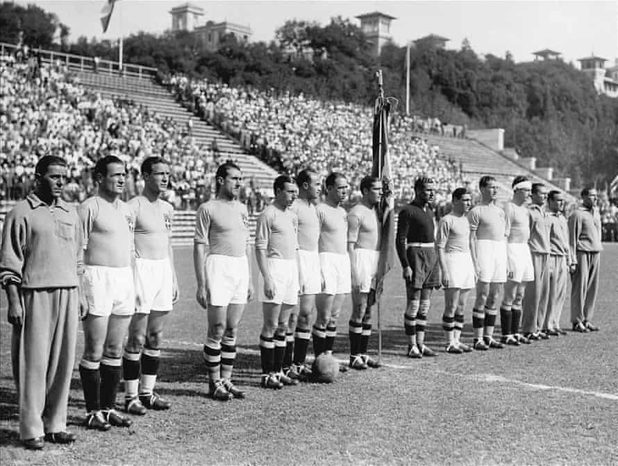 The Italy team pose before the 1934 World Cup final in Rome.
