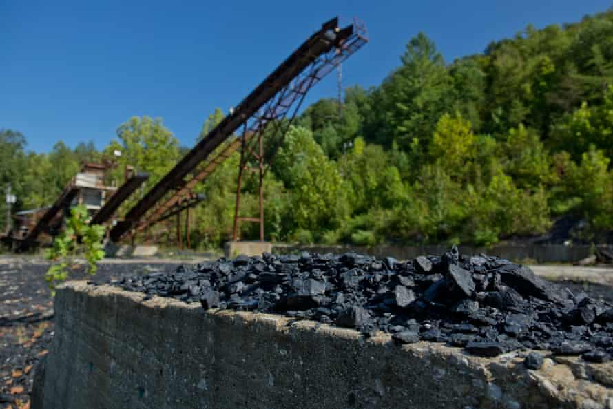 Abandoned coal, Beattyville.