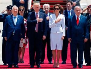 From left: Reuven Rivlin, Donald Trump, Melania Trump, and Benjamin Netanyahu at the airport.