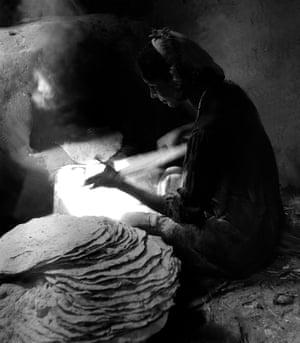 The Baker Woman, Beba village - Village Bani Sweif, 1963