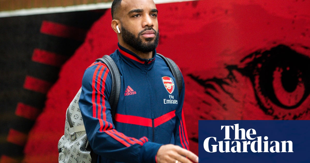 Football transfer rumours: Alexandre Lacazette to Atlético Madrid?