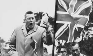 Ian Paisley addresses a meeting in 1972.