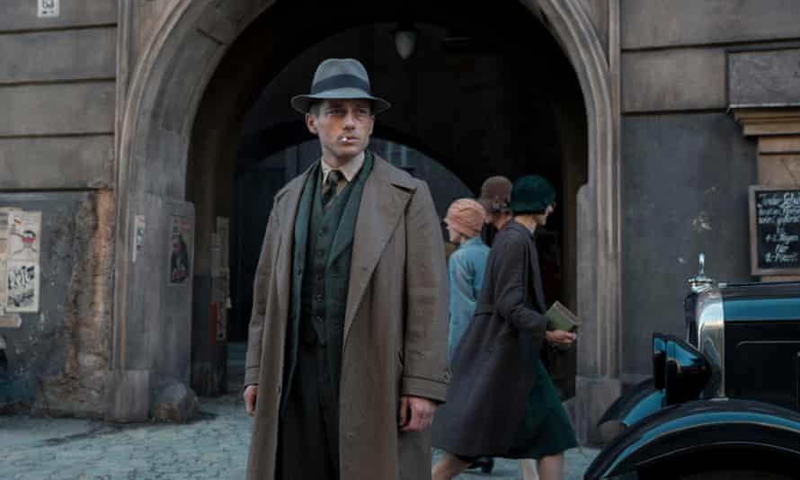 Volker Bruch as Gereon Rath in Babylon Berlin