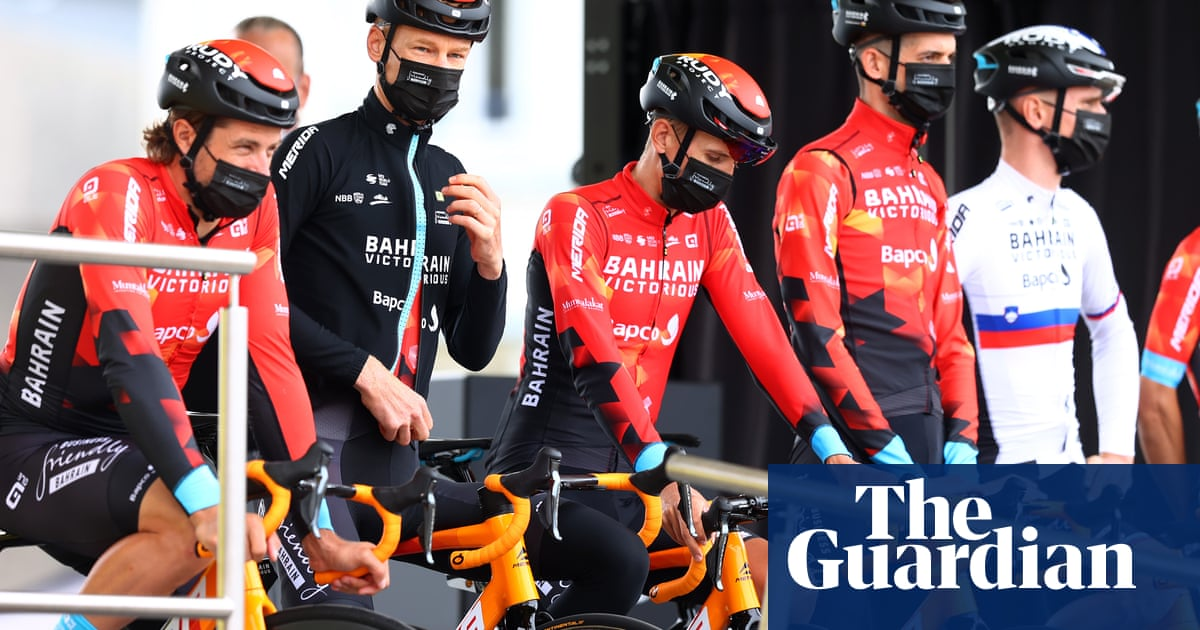 Police search Bahrain Victorious hotel and team bus at Tour de France