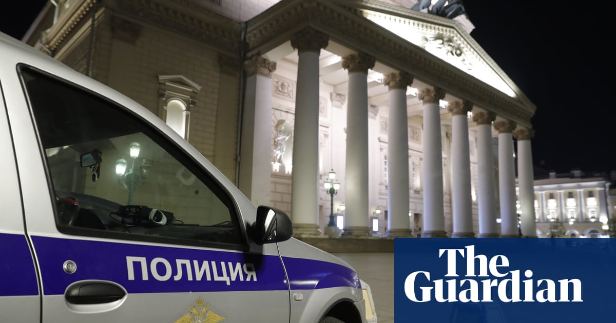 Bolshoi performer dies in accident on stage during opera
