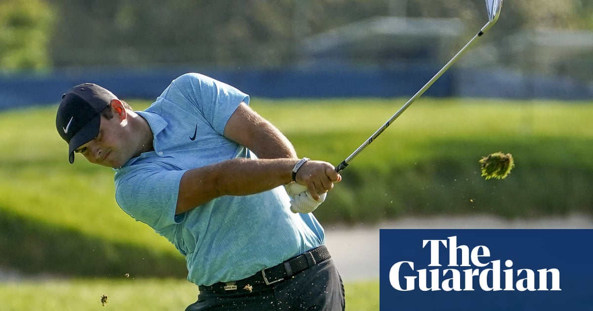Reed and DeChambeau set US Open pace while big names depart