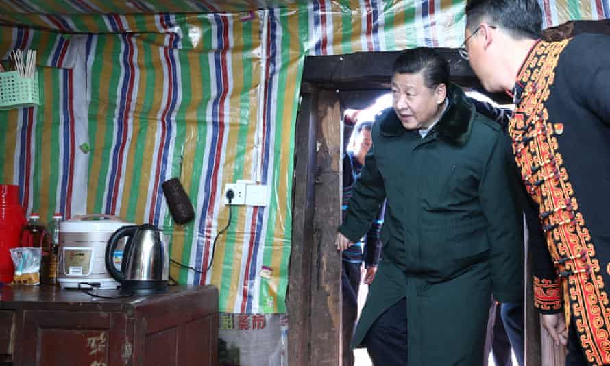 Chinese President Xi Jinping visits the home of an impoverished family in Sanhe Village of Sanchahe Township in Zhaojue County of Liangshan Yi Autonomous Prefecture, southwest China's Sichuan Province.