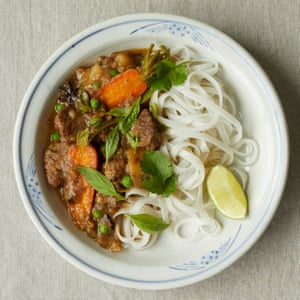 Beef stew pho: this variation comes with a velvety sauce.