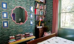 Hall's bedroom.